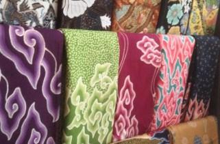 batik dan tenun jawa barat